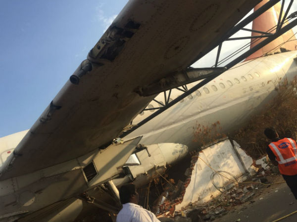 Defunct Air India airbus fell off crane