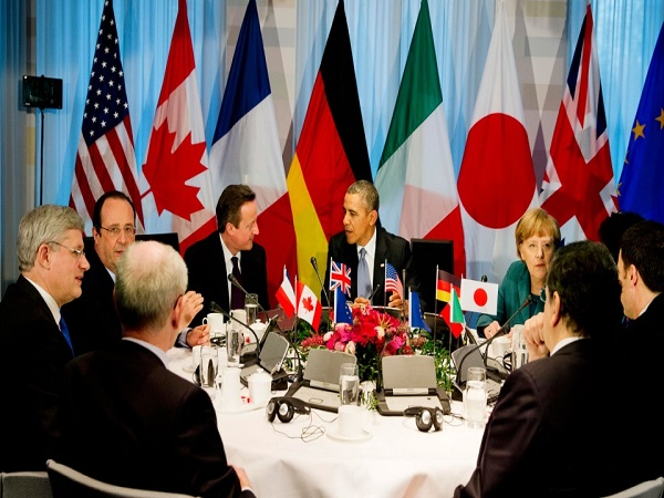 'G7 calls for world without weapons'