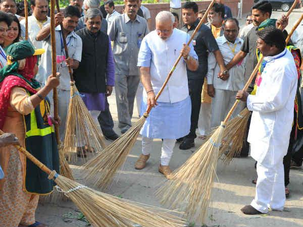 22 envoys join Swachh Bharat campaign