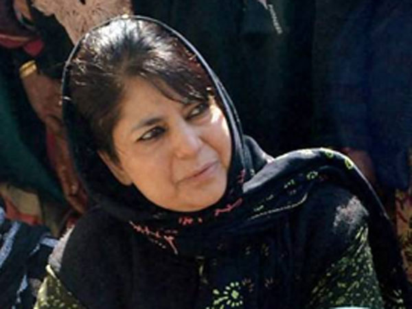 Mehbooba meets Rajnath, Gadkari