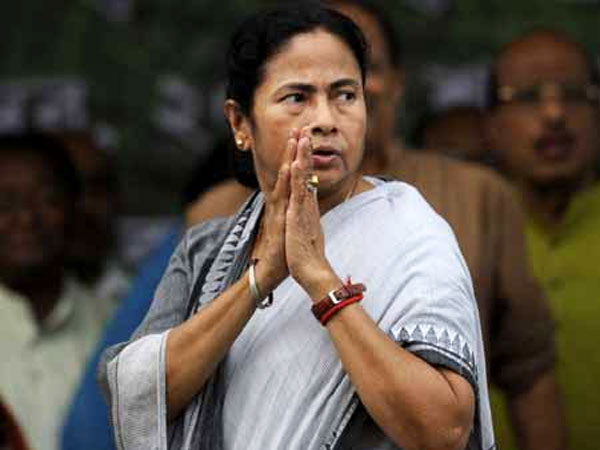 Mamata repleis to EC's notice