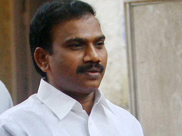 Protest in DMK over candidate: Slippers hurled at A Raja's car