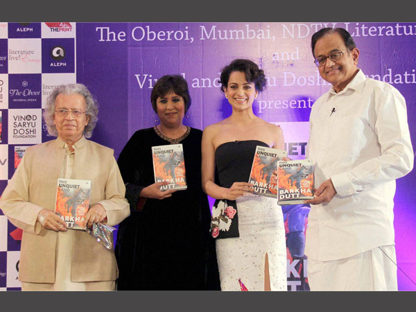 "Anil Darkar, Consulting Editor, NDTV Barkha Dutt, Actress Kangana Ranaut and Former Finance Minister P.Chidambaram during the launch of the Barkha Dutt's book "" This Unquiet Land "" at Trident in Mumbai on Jan 14, 2016"
