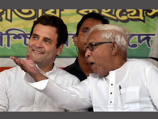 rahul gandhi and buddhadeb bhattacharjee