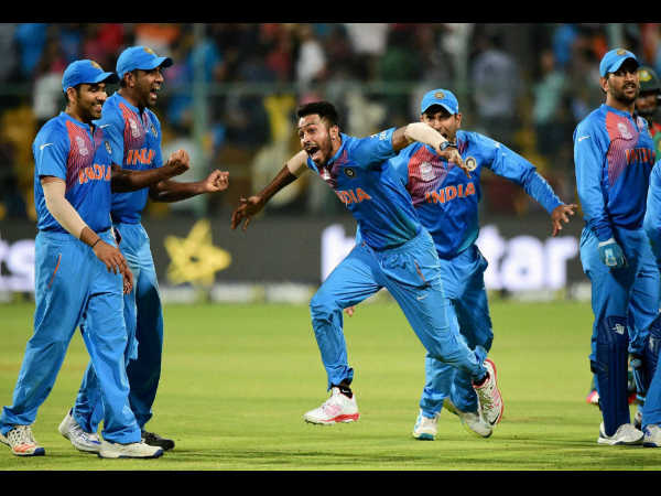 Hardik Pandya bagged 2 wickets in the last over and turned the tides for India.