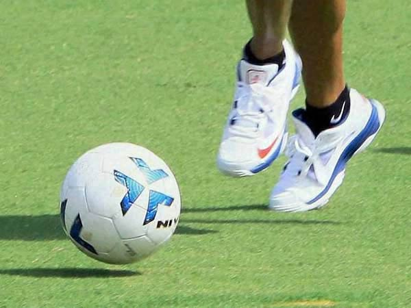 Young Indian footballers to train in various EPL academies