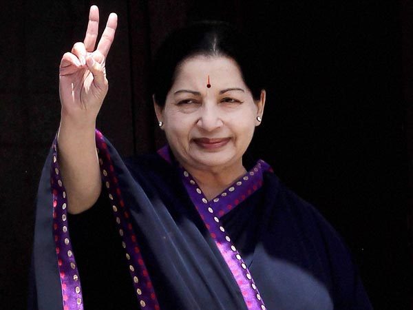 Jayalalithaa casts her vote in TN