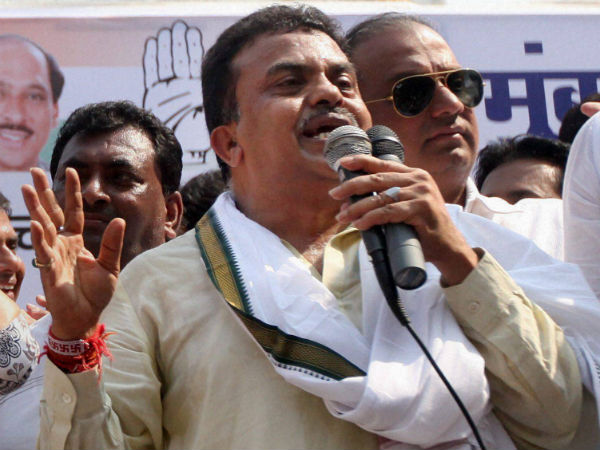 Congress demands Khadse's sacking
