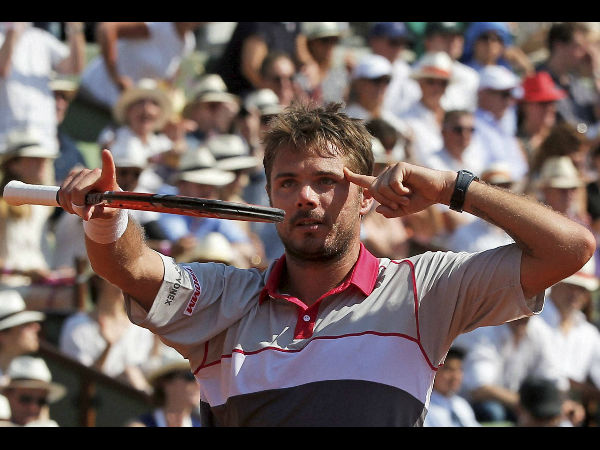 Stan Wawrinka survives scare in first round of French Open
