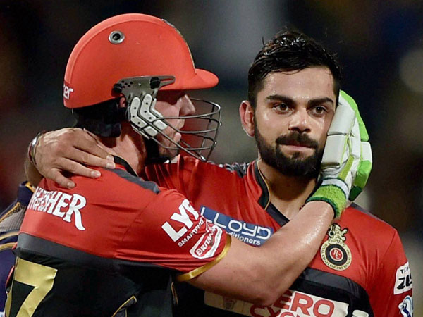 AB de Villiers (left) and Virat Kohli during IPL 2016