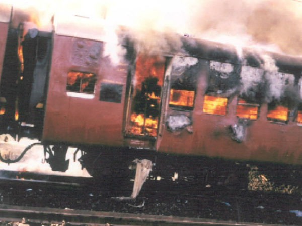 In Godhra Train Blaze, Alleged Mastermind And 30 Others Acquitted Again