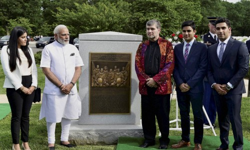 PM Modi with husband of late astronaut Kalpana Chawla