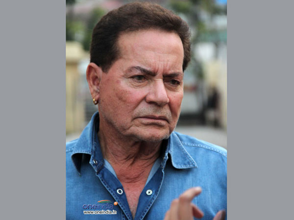 Salim Khan proud of film industry for supporting 'Udta Punjab'.