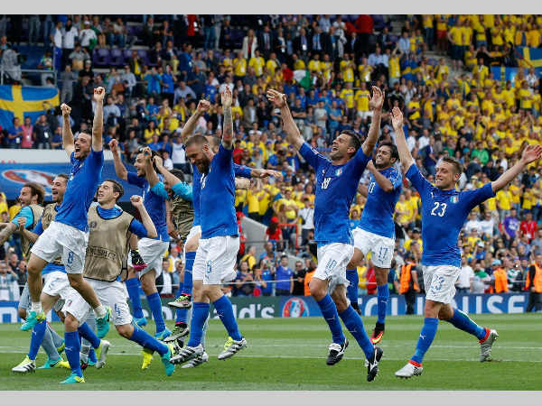 Italian players celebrate at the end of their Euro 2016 match against Sweden