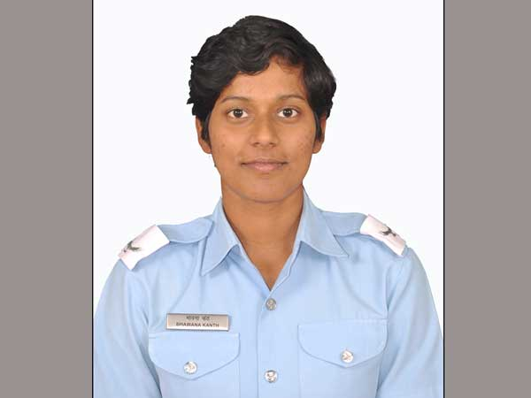 iafs women fighter pilots bhawana   getter part  oneindia news