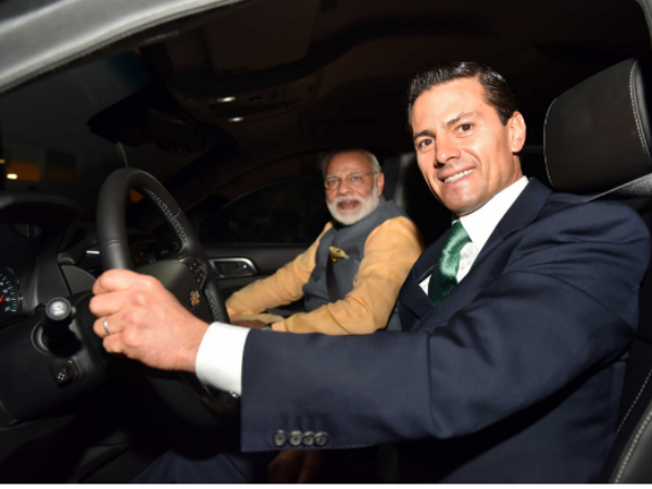Mexico President drives PM to restaurant