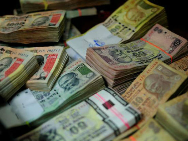 Padma Bhushan awardee doctor, 5 others booked for transporting demonetised currency