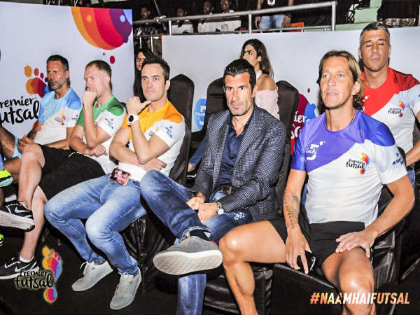 (From the left) Ryan Giggs, Paul Scholes, Falcao, Luis Figo, Michel Salgado, (Above) Hernan Crespo, Ronaldinho