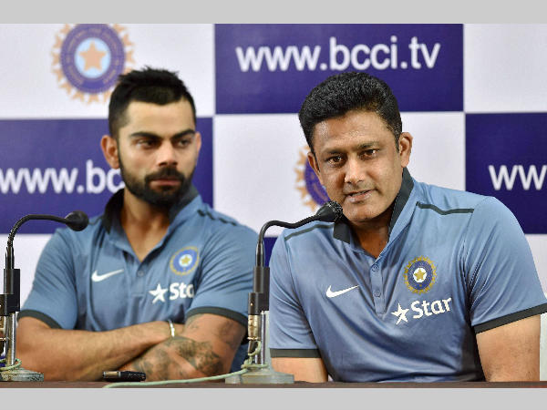 Kumble (right) speaks to the media as Kohli looks on, in Bengaluru on Monday.