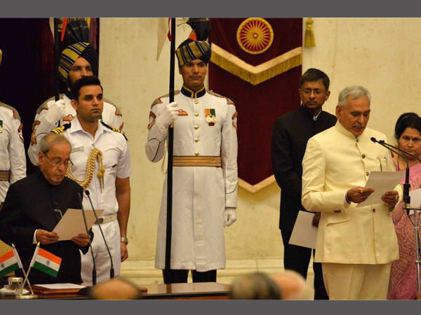 President Mukherjee administered the oath of office & secrecy to Shri C.R. Chaudhary as Minister of State