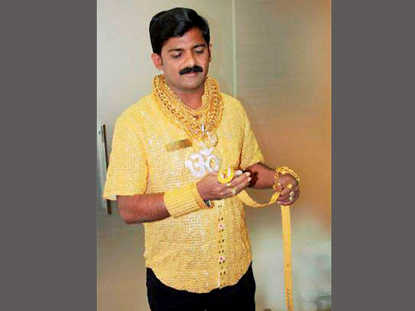 File photo of 44-year-old business man Dattatray Phuge who shot to fame four years ago for making a Rs 1.27 crore shirt entirely of gold, was attacked with stones and killed near Dighi in Pune.