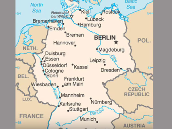 Berlin Afghan teen attacks passengers on train shot dead