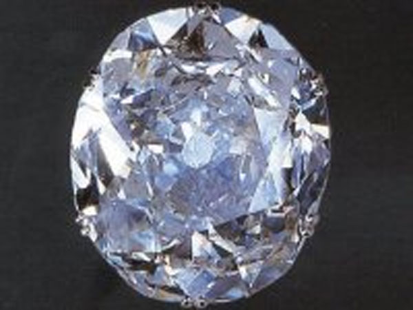 Kohinoor diamond was surrendered not handed over by Maharaja of Lahore