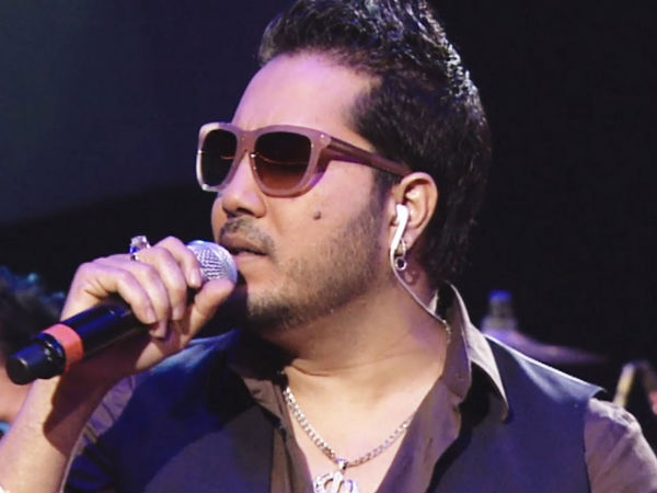 Mika Singh booked on molestation charge