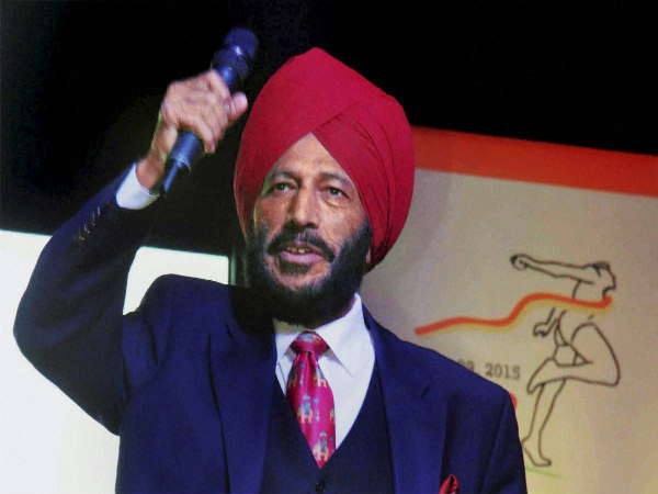 Milkha Singh at the flagging off ceremony of 'Hyderabad 10K Run'