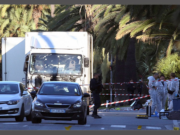 Nice attack: ISIS claims responsibility