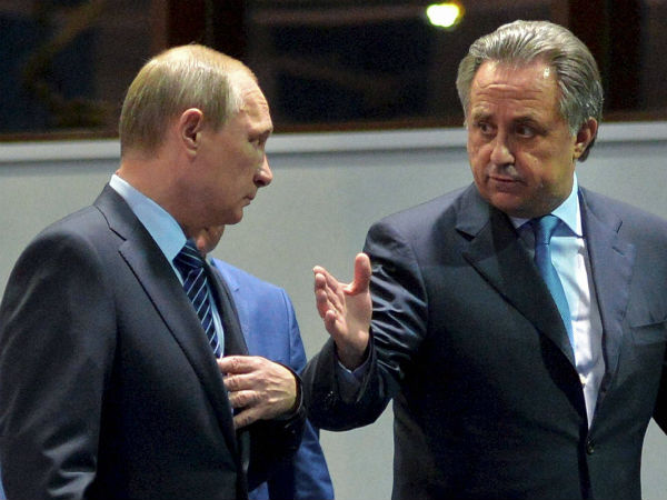 Russia's Sports Minister Vitaly Mutko (right) with President Vladimir Putin (left)