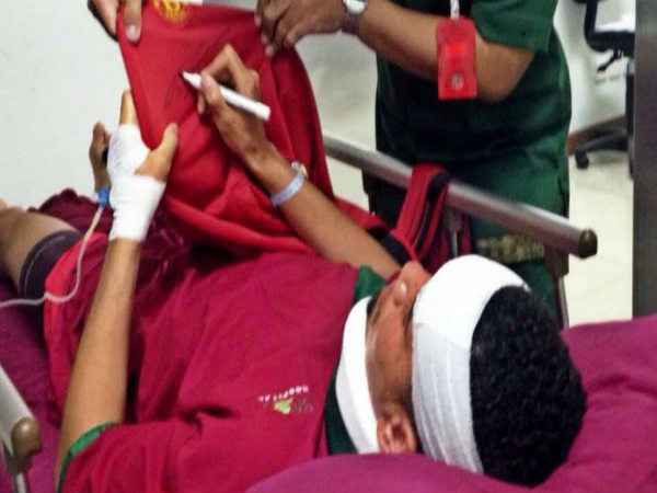 Chris Smalling hospitalised in Indonesia (Image Courtesy: Metro official twitter handle)