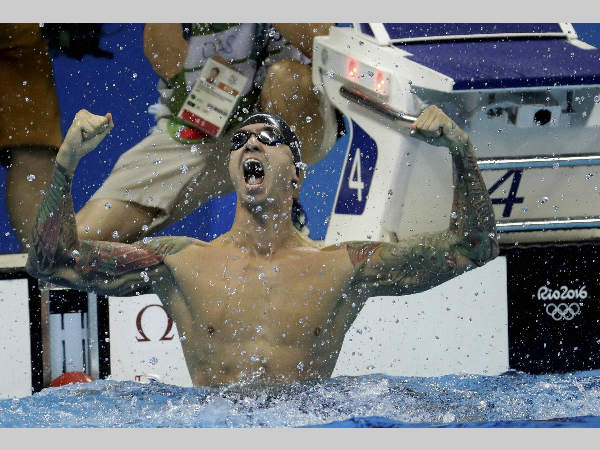 Anthony Ervin celebrates after winning the men's 50-meter freestyle final at Rio Olympics