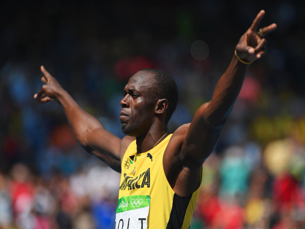 Usain Bolt celebrates after 200m semi-final (Image courtesy: Olympics Twitter handle)