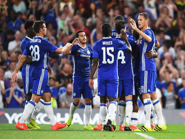 Chelsea FC players celebrate after scoring against West Ham (Image courtesy: Chelsea FC Twitter handle)