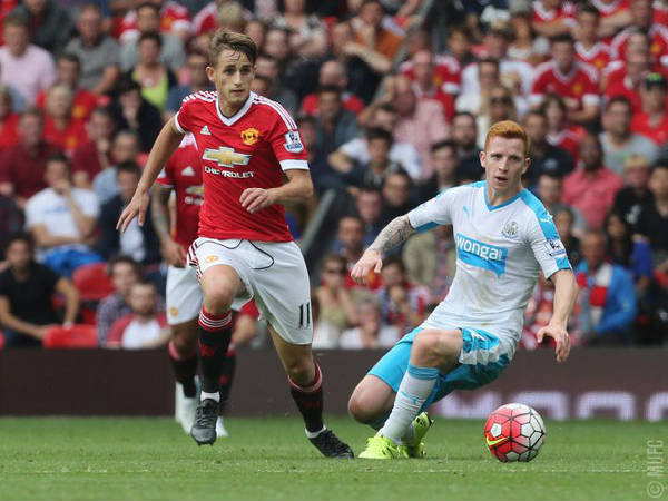 Adnan Januzaj in action for Manchester United (Image courtesy: Manchester United Twitter handle)