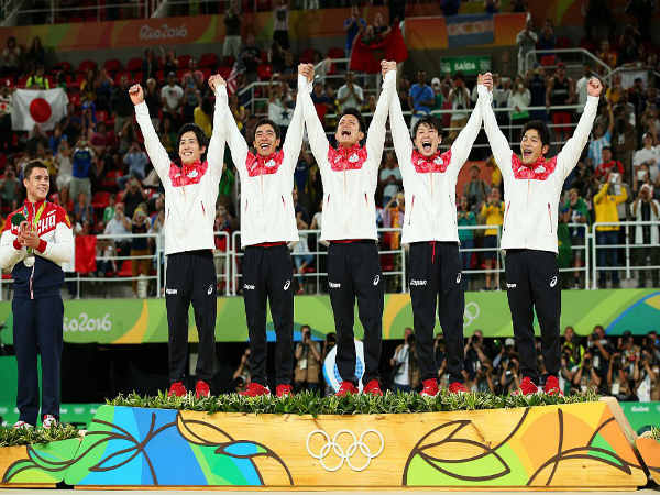 Japan gymnastics team after winning gold medal (Image courtesy: Rio Olympics 2016 Twitter handle)