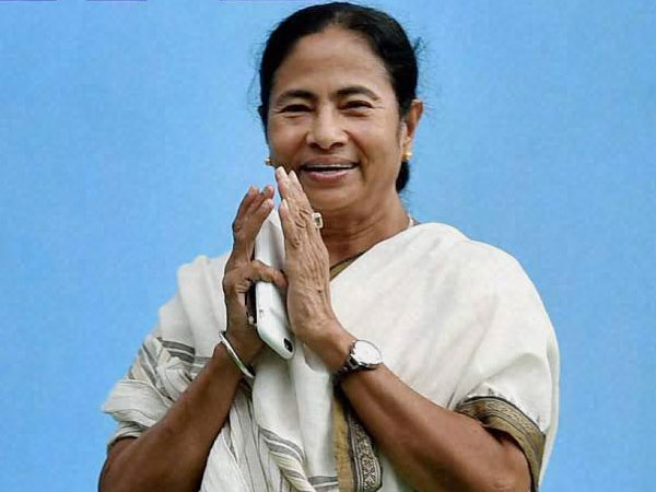 Singur verdict: It's like the invocation for Durga Puja, says Mamata