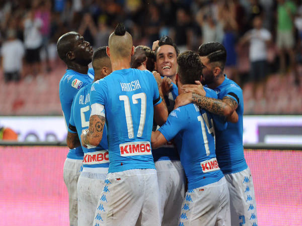 Napoli players celebrate after scoring against AC Milan (Image courtesy: Napoli Twitter handle)