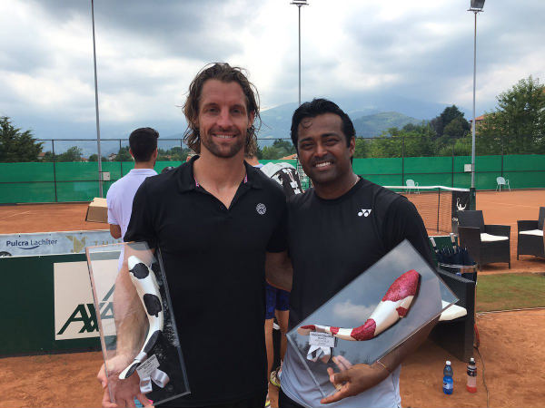 Andre Begemann (left) with Leander Paes (Image courtesy: Andre Begemann official Twitter)