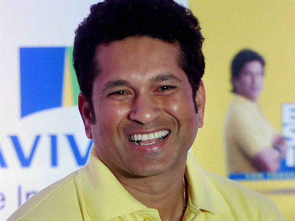Sachin Tendulkar has come in support of bowlers