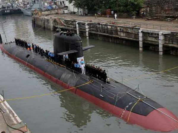 Scorpene: DCNS threatened to move court