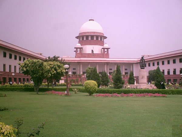 SC raps advocate for mentioning Sonia