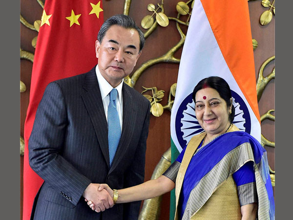 Chinese Foreign Min meets Swaraj