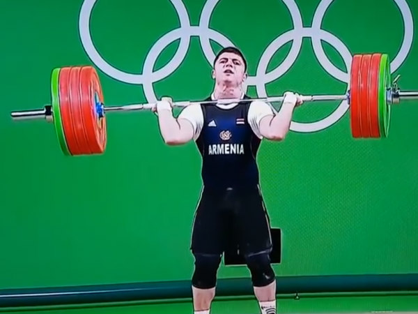 Andranik Karapetyan taking part in the 77 kg weightlifting category
