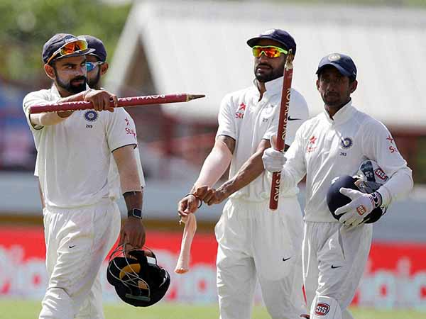India opt to bat in Test opener against NZ