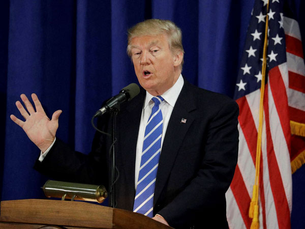 Donald Trump speaks at the Polish National Alliance