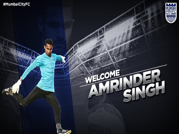Amrinder Singh joins Mumbai City FC (Image courtesy: Mumbai City FC Twitter handle)