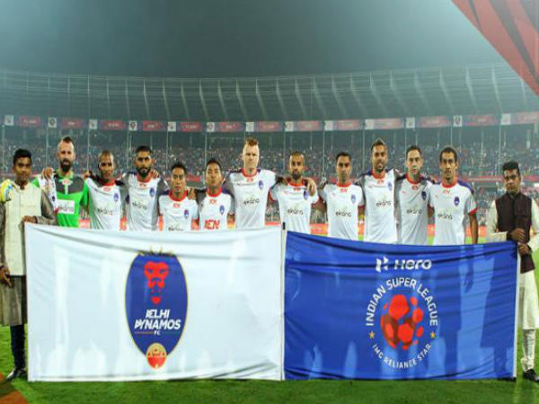 Delhi Dynamos players (Image courtesy: Indian Super League Twitter handle)