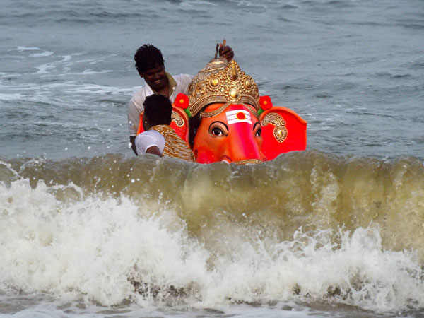 10 youths drown during Ganesha immersion